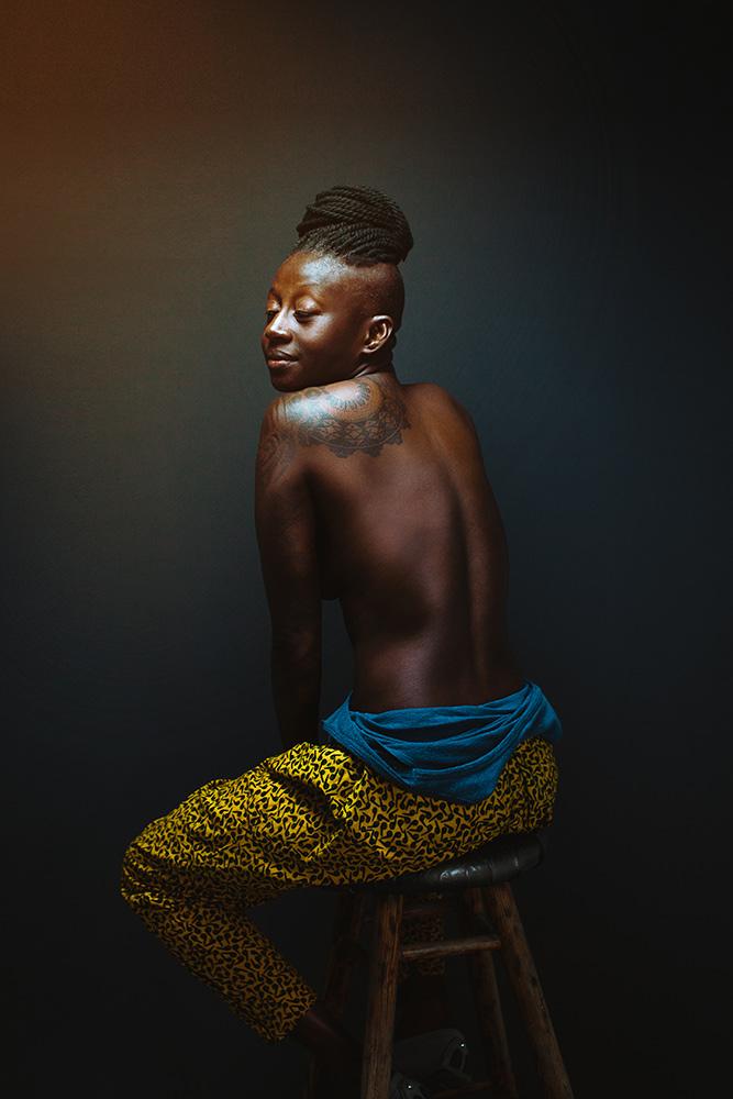 Nye Lyn Tho - Photography - Boudior